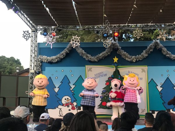 Knotts Merry Farm Peanuts Guide to Christmas