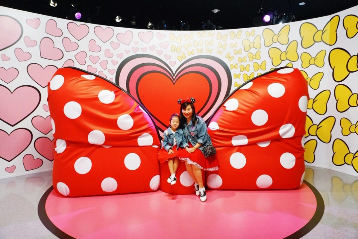 popup disney, downtown disney, disneyland, instagram popup, old espn zone, disneyland, disney pictures, get your ears on, a mickey celebration, mickey and minnie's love, minnie's bow couch